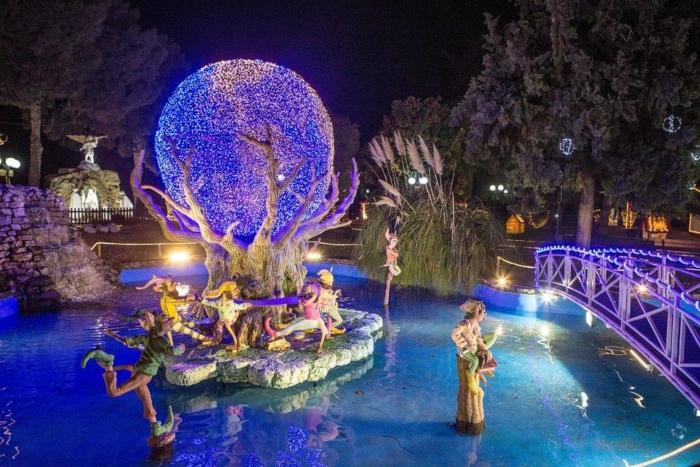 Πάμε βόλτα σε 12 χριστουγεννιάτικα θεματικά πάρκα της Ελλάδας