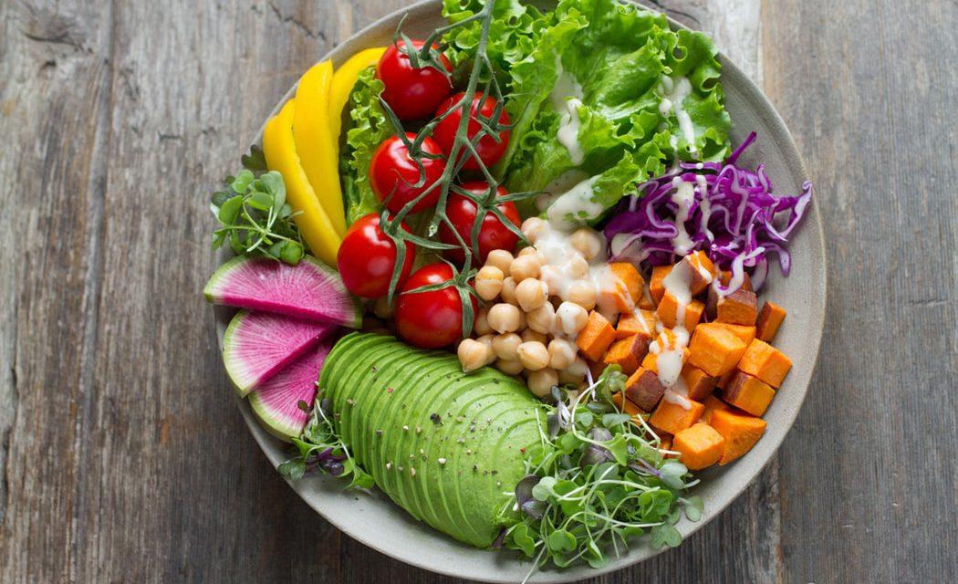 Πώς να μεγαλώσεις λαχανικά σε εσωτερικό χώρο