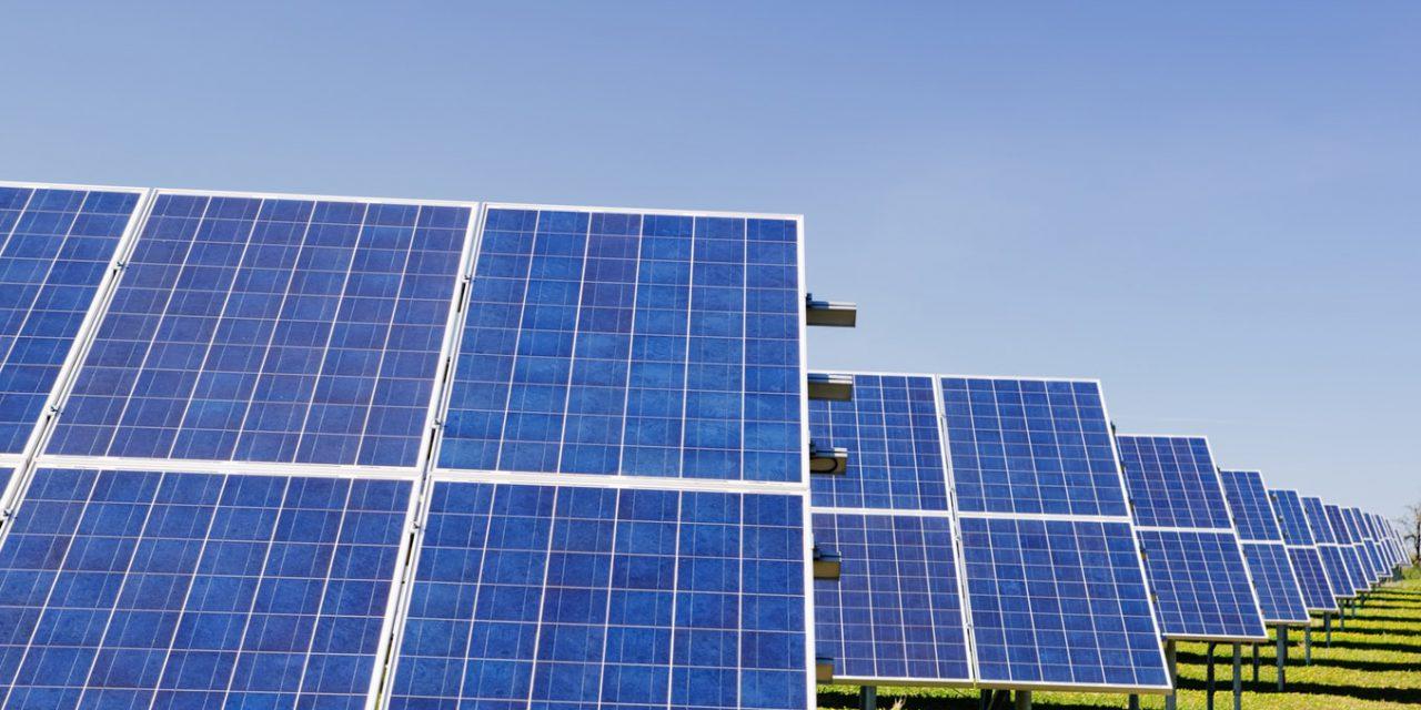 Μειώνεται το κόστος παραγωγής των αγροτών από το πλεόνασμα ηλεκτρικής ενέργειας