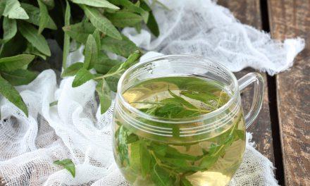 Λουΐζα ή λεμονόχορτο: Ένα τσάι που αποτοξινώνει και χαλαρώνει