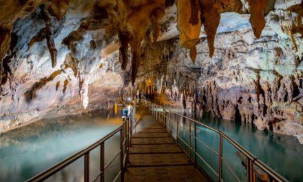 Σπήλαιο Λιμνών: Ένας φυσικός παράδεισος στην Αχαΐα