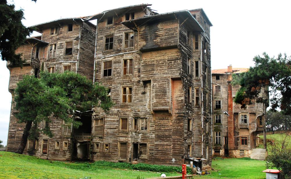 Το ιστορικό ορφανοτροφείο της Πριγκήπου και τα 206 δωμάτια της σιωπής