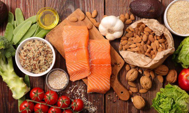 Οι 15 πιο πολύτιμες τροφές, αναγκαίες για την υγιεινή διατροφή μας
