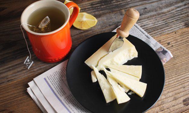Γιατί πρέπει να συνδυάζεις τα τυριά με τσάι