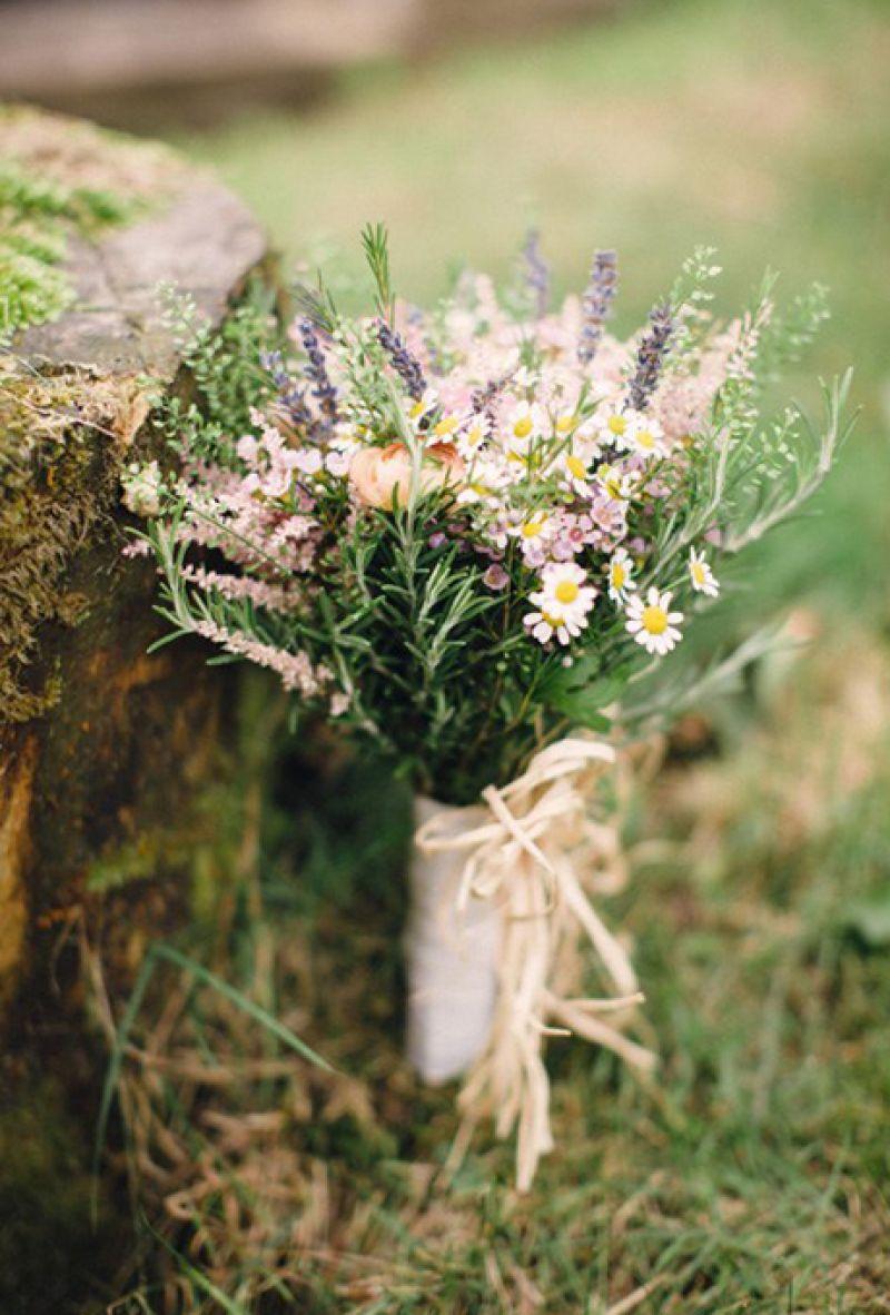 18 μοναδικές ανθοδέσμες γάμου φτιαγμένες από βότανα