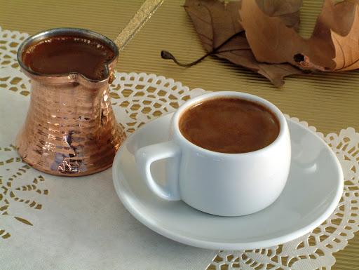 Ο ελληνικός καφές – κλειδί για μακροζωία; Οι ερευνητές στην Ικαρία