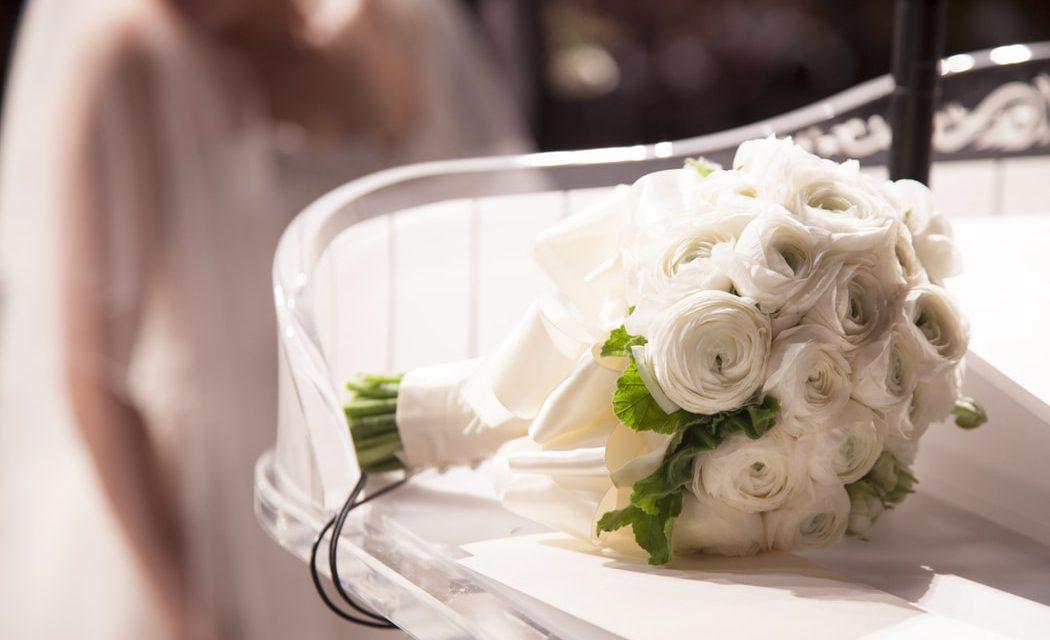 Τι συμβολίζουν τα γαμήλια λουλούδια και ποια είναι η ιστορία τους