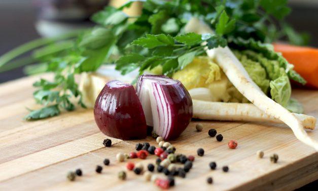 5 καλοί λόγοι να τρως κρεμμύδι & Μία συνταγή