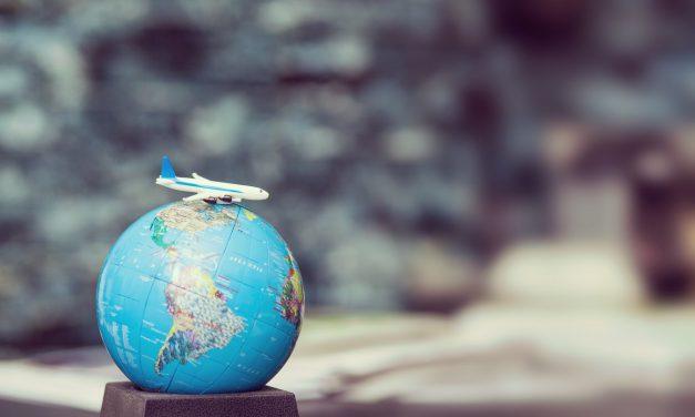 Πώς ταξιδεύουμε με αεροπλάνα, πλοία, τρένα, λεωφορεία