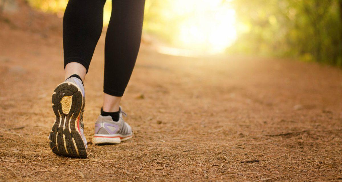 10 πράγματα που συμβαίνουν στο σώμα σου όταν περπατάς