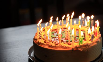 Γιατί τρώμε τούρτα στα γενέθλια μας