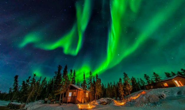 Κυνηγώντας το Βόρειο Σέλας: 6 απίστευτοι τρόποι να το δεις