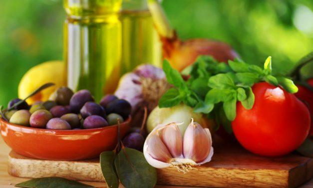 """Η Ελλάδα ανέλαβε την προεδρία για τη """"Μεσογειακή Διατροφή"""" στο 2021"""