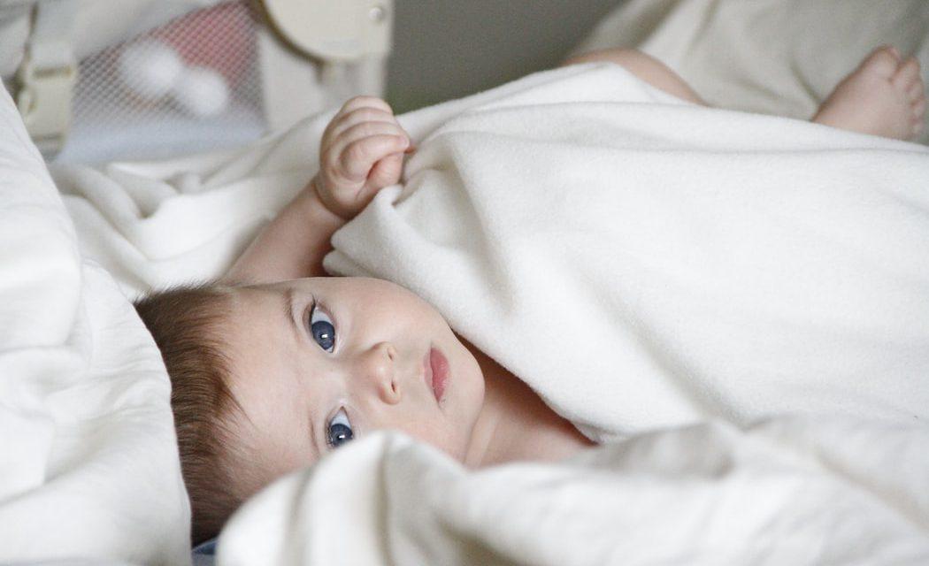 Πώς να κοιμάται το μωρό πιο εύκολα και γρήγορα